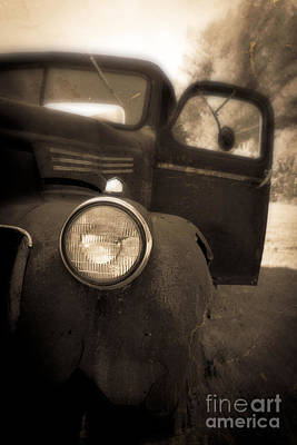 Rusty Old Trucks Photograph - Crash by Edward Fielding