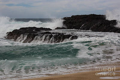 Photograph - Crashing Surf by Suzanne Luft
