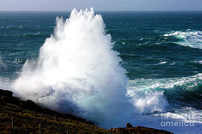 Crashing Wave Print by Terri Waters