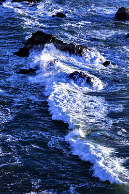 Sonoma Coast Photograph - Crashing Waves by Garry Gay