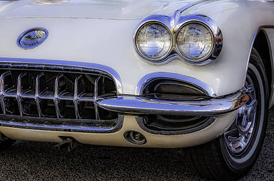 Photograph - Creamy Corvette by Dave Hall