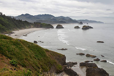Trail Photograph - Crescent Bay At Cannon Beach Oregon Coast by David Gn