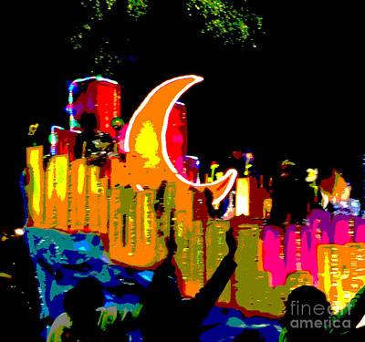 Abstract Photograph - Crescent Moon by Marian Bell