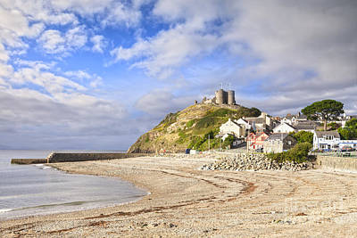 Criccieth Castle North Wales Art Print by Colin and Linda McKie