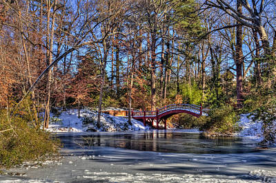 Photograph - Crim Dell In Winter William And Mary by Jerry Gammon