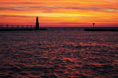 Photograph - Crimson Tide by Bill Pevlor