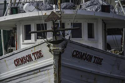 Digital Art - Crimson Tide Headon Closeup by Michael Thomas