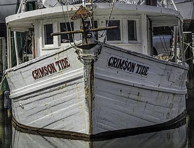 Digital Art - Crimson Tide Headon by Michael Thomas