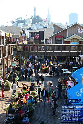 Sight Seeing San Francisco Photograph - Crowds At Pier 39 San Francisco California 5d26096 by Wingsdomain Art and Photography