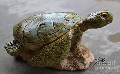Sculpture - Crush by Suzette Kallen