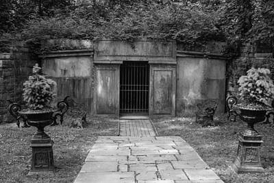 Photograph - Crypt At Belle Meade Mansion by Robert Hebert