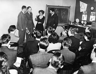 Kathleen Photograph - Crystallography Lecture by Emilio Segre Visual Archives/american Institute Of Physics