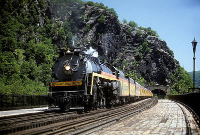 Chessie Steam Special At Harpers Ferry Art Print
