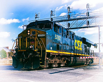 Photograph - Csx 5292 Warner Street Crossing by Bill Swartwout