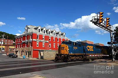 Of Liquor Photograph - Csx Diesel Train At Cumberland by James Brunker