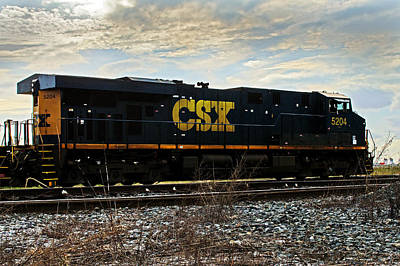 Photograph - Csx Engine 5204 by Bill Swartwout