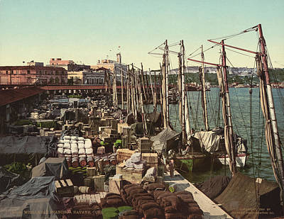 Muelle Photograph - Cuba Havana Docks, 1904 by Granger
