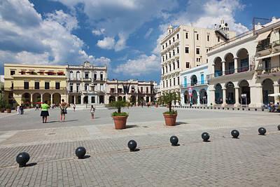 Greater Antilles Photograph - Cuba, Havana, Havana Vieja, Plaza Vieja by Walter Bibikow