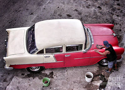 Photograph - Cuba - La Habana - Bel Air Car Wash by Carlos Alkmin