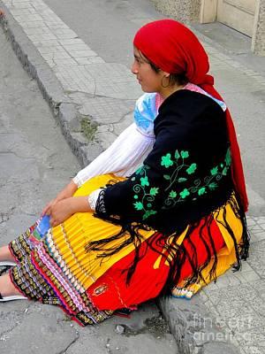 Spanish Shawl Photograph - Cuenca Kids 404 by Al Bourassa