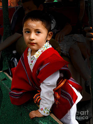 Poncho Photograph - Cuenca Kids 508 by Al Bourassa