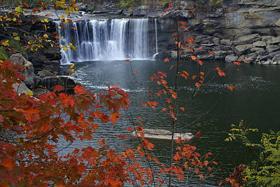 Cumberland Falls Art Print by Bj Hodges