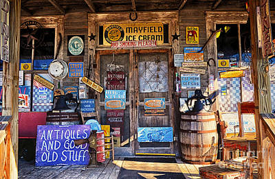 Photograph - Cumberland Mountain General Store by Paul Mashburn