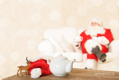 Home Design Element Photograph - Cup Of Tea For Santa by Amanda Elwell
