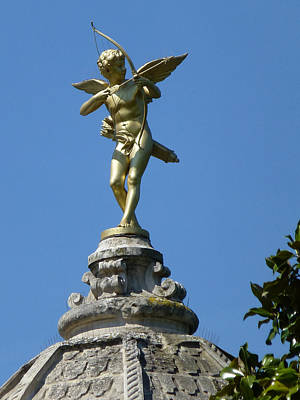 Photograph - Cupid On Le Pavillon-elysee In Paris by Susan Alvaro