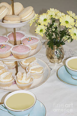 Yoyos Photograph - Cuppa And Cake  by Linda Lees