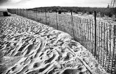 Photograph - Curved Fence by John Rizzuto