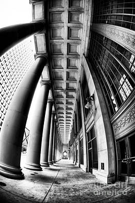 Curves At Union Station Art Print by John Rizzuto