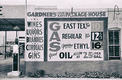 Cut Rate Liquor And Gas - East Texas - Waco  1939 Art Print