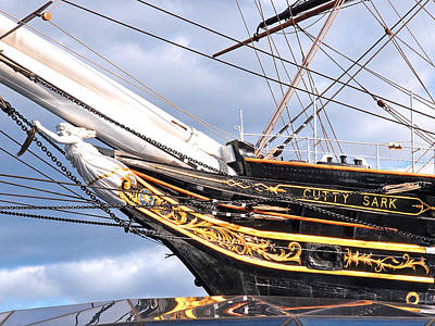 Photograph - Cutty Sark Figurehead by Gill Billington