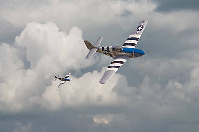D-day Mustangs Art Print by Pat Speirs