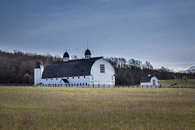 Photograph - D H Day Barn Glen Haven Mi by Jack R Perry