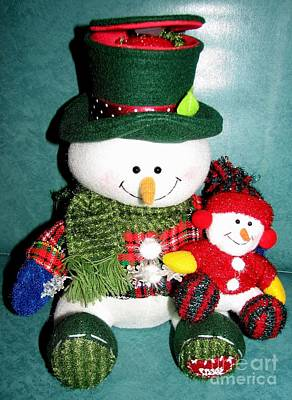Photograph - Daddy And Baby Snowmen Decorations by Rose Santuci-Sofranko