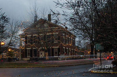 Photograph - Daglonga Court House by Donna Brown