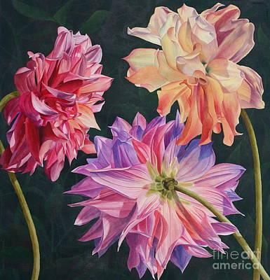 Outdoor Still Life Painting - Dahlia Trio by Tamara Oppel