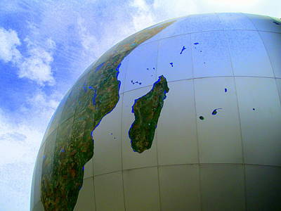 Photograph - Daily Planet Madagascar by Randall Weidner