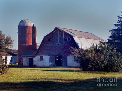 Dairy Barn Photograph - Dairy Barn by Skip Willits