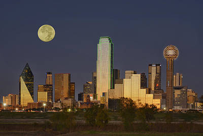 Dallas Skyline Photograph - Dallas Moon by Christian Heeb