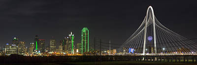 Dallas Skyline Photograph - Dallas Texas Skyline On A December Night 2 by Rob Greebon