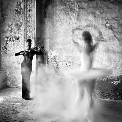 Flour Photograph - Dance by Michael M.