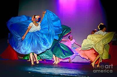 Photograph - Dance by Nicola Fiscarelli