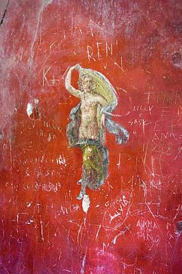 Mural Photograph - Dancer Painting In Pompeii. by Mark Williamson/science Photo Library