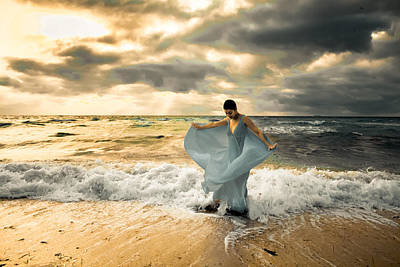 Photograph - Dancing In The Surf by Matthew Pace