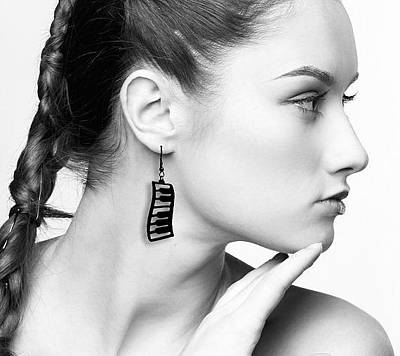 Perspex Jewelry Jewelry - Dancing Piano Earrings by Rony Bank