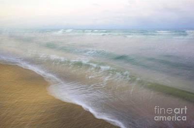 Dania Beach Art Print by Glennis Siverson
