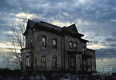 Rural Decay Digital Art - Dark Ruttle County by Tom Straub